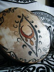 tambour féminin sacré